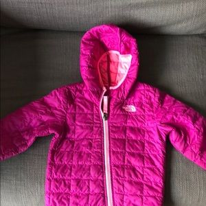 The NorthFace girls lightweight jacket size18-24mo